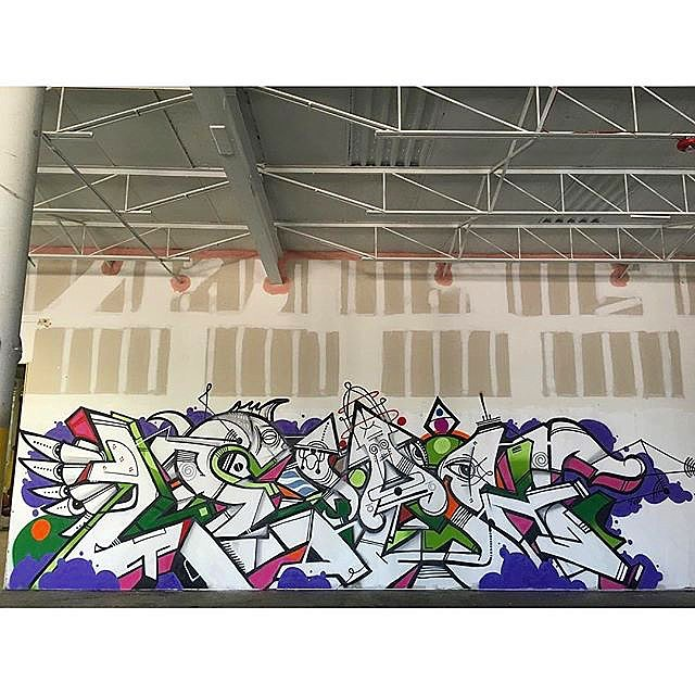 LEAH piece by @morals_one @metafour7up @rasterms37 I love the style of this piece. Us three forming Voltron 7 the mighty #sevenurbanpoets in Miami #hialeah